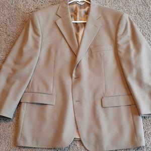 Sport Coat / Blazer.    44 Short